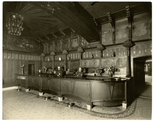 Orange Bower Bar, c. 1915