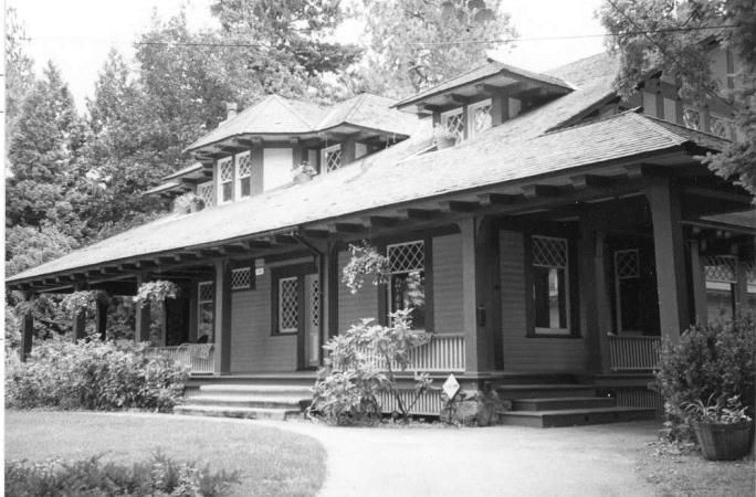 Photo Courtesy of: Yeomans, Linda. Historic resources inventorya€'�: Browne's Addition Historic District. Spokane, Washington: Spokane City/County Historic Preservation Office, 2001.