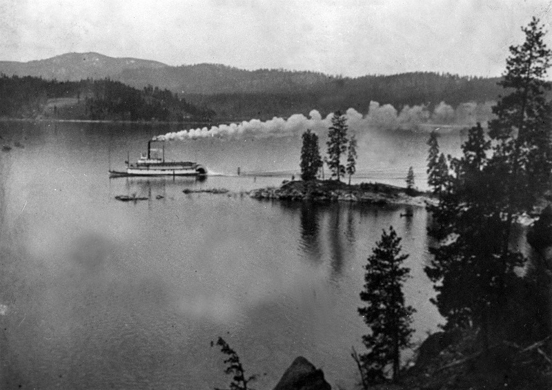 View of a steam ship on Lake Coeur d'Alene