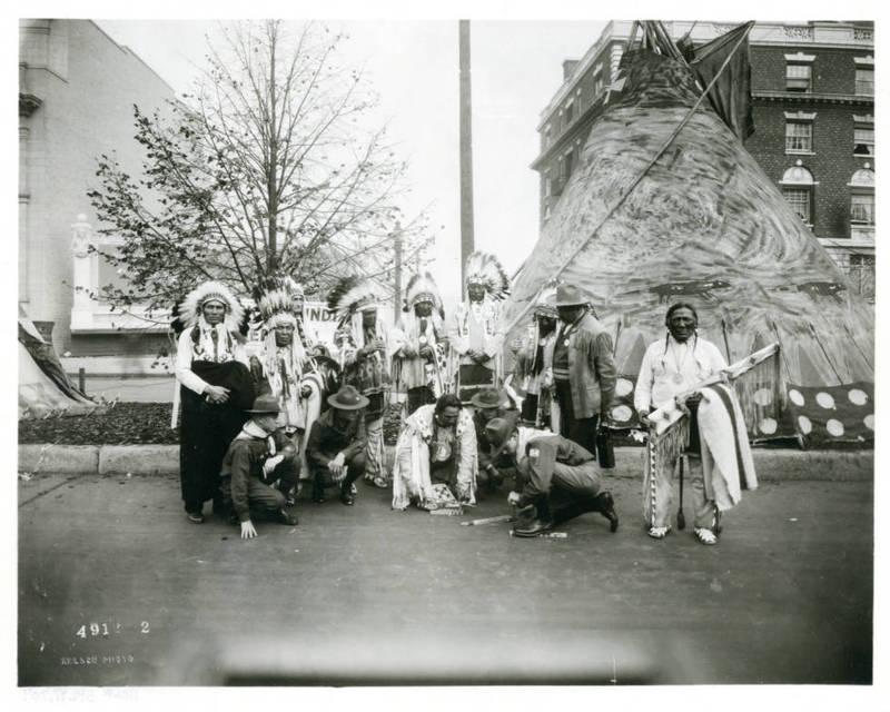 Blackfeet Men on Riverside Avenue