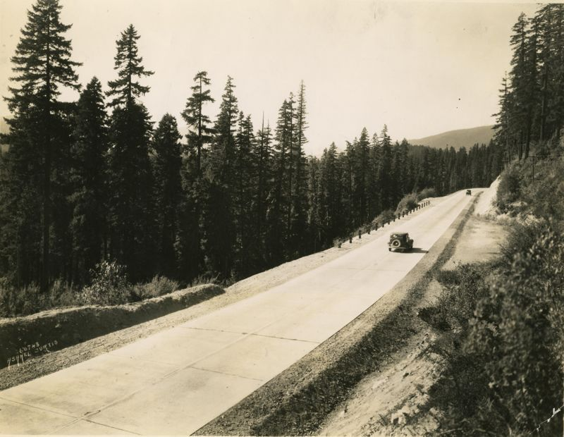 Sunset Highway, Snoqualmie Pass, 1910-1950, Curtis, Asahel, State Library Photograph Collection, 1851-1990, Washington State Archives, Digital Archives, http://www.digitalarchives.wa.gov, April 18, 2013.
