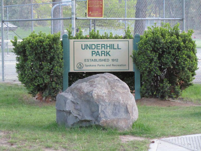 Underhill Park Sign