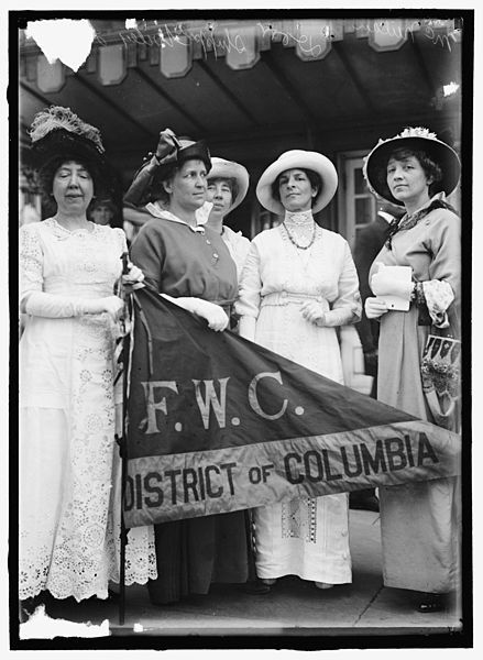 1914 Federation Of Women's Clubs delegation to White House