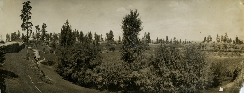 The view from Liberty Park near the walkway in the northwestern corner (image L86-219.601 courtesy of the Northwest Museum of Arts and Culture)