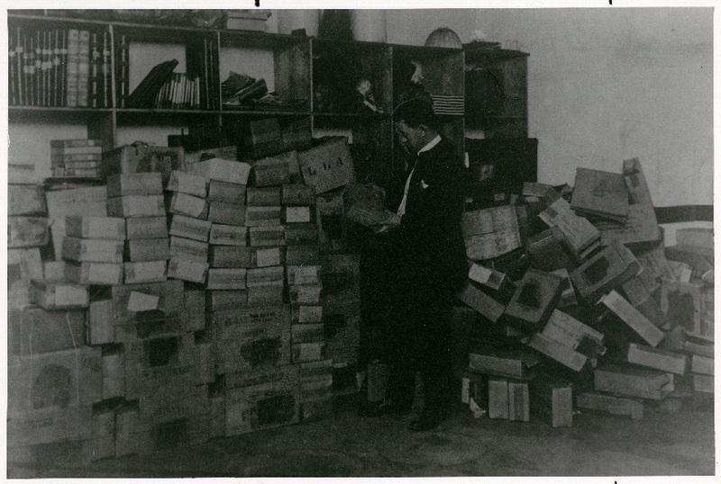 Taking Stock, Spokane Hotel, 1916