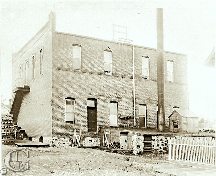 Cheney Electric Light Works and Liefer Apartments