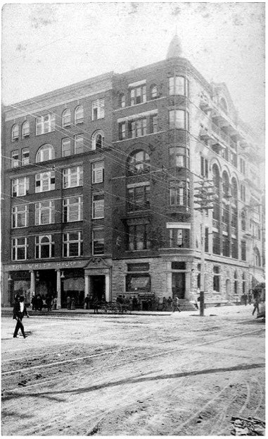 The Rookery Building at Howard and Riverside, 1890
