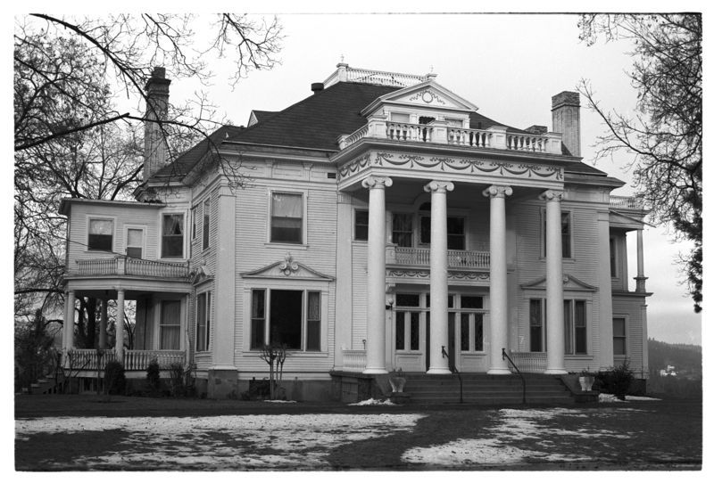 Finch Mansion, no date.  Image from Washington State Archives, Digital Archives.