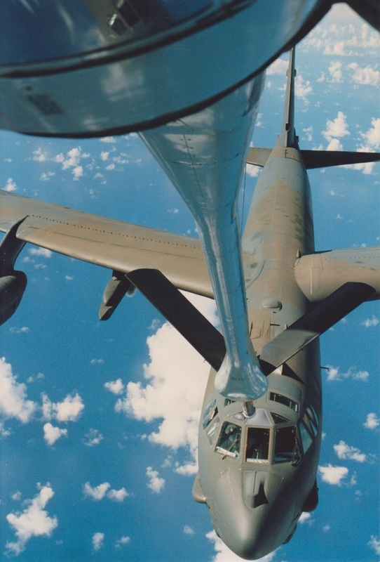 Refueling B-52