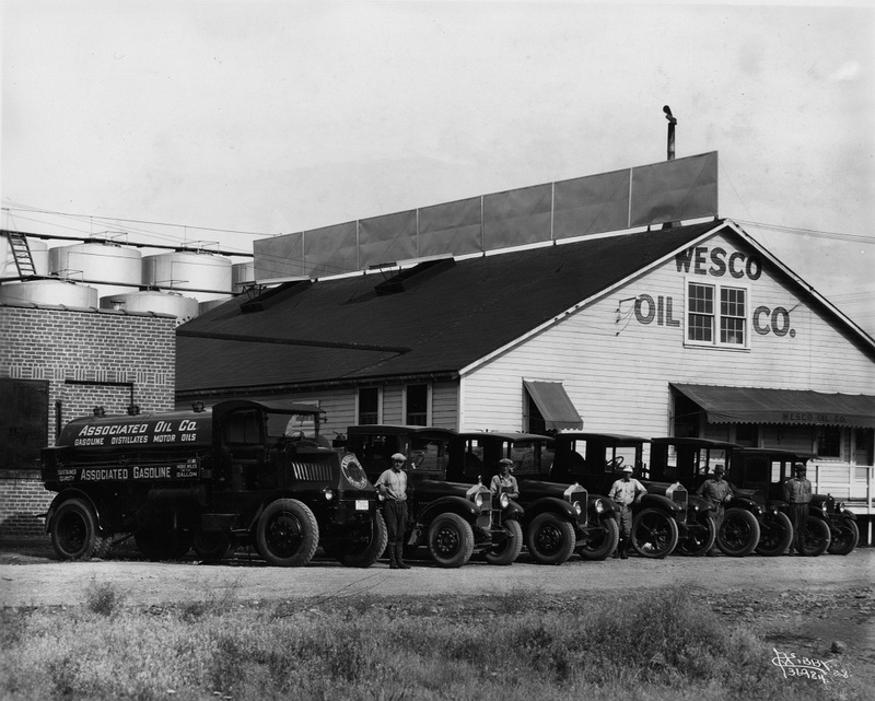 Wesco Oil, 18 North Fiske Avenue, Sprague Business District, 1928 (image L87-1.36984-28 courtesy of the Northwest Museum of Arts and Culture)