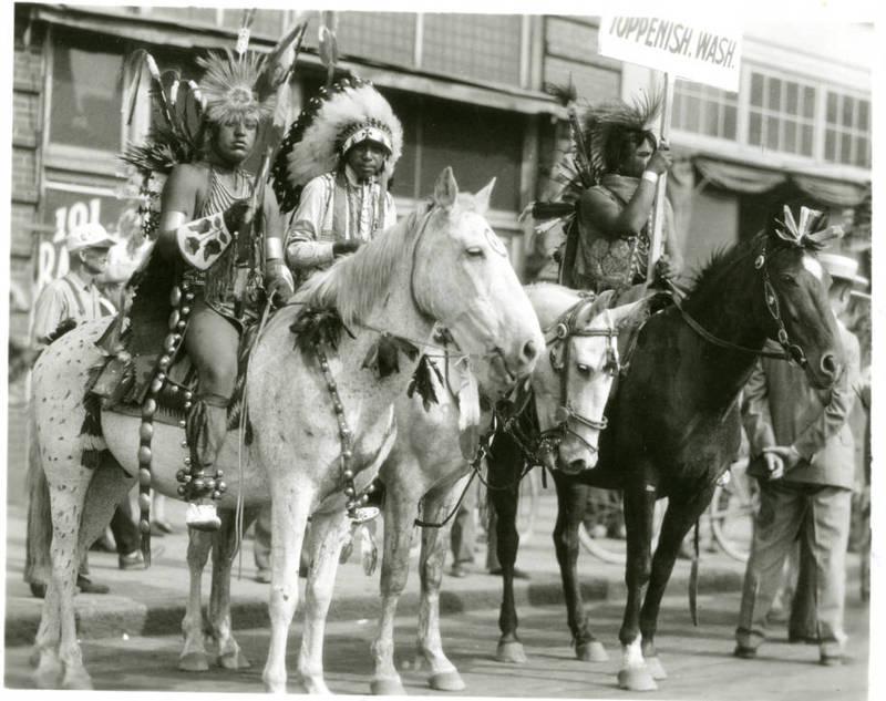 Yakama Natives on Parade