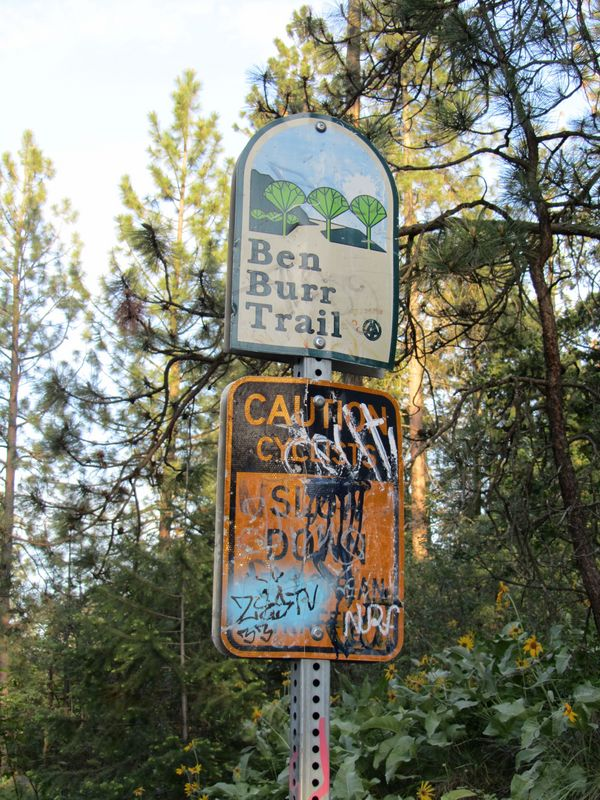 Ben Burr Trail Sign at Underhill