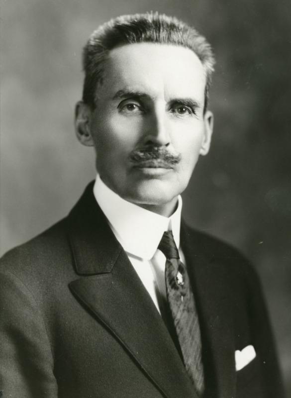Robert E. Strahorn