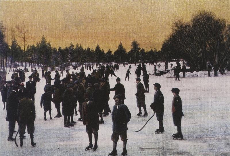 Ice skating on Mirror Pond