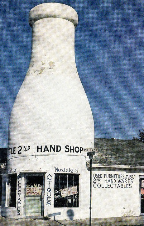Milk Bottle as Second Hand Shop
